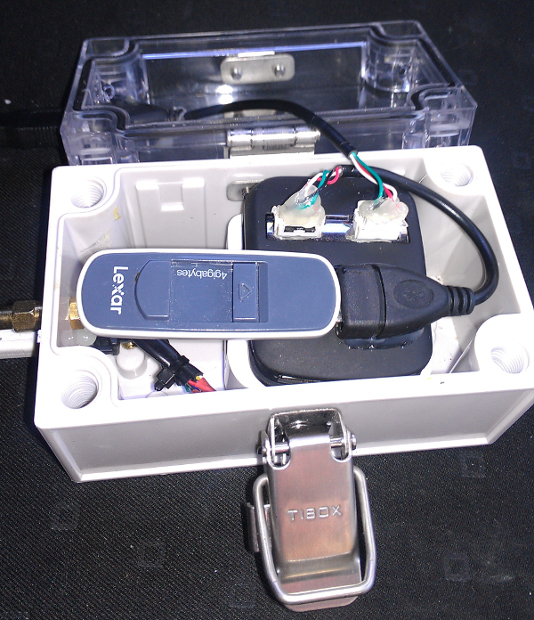 Wireless Spotting box from side opened